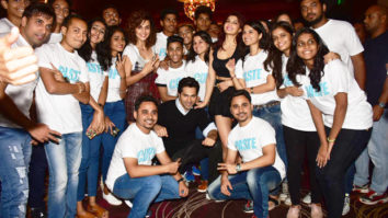 Here are 100 pairs of real twins attend the trailer launch of Judwaa 2-01
