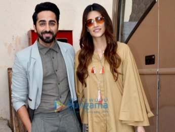 Kriti Sanon and Ayushmann Khurrana snapped promoting the film 'Bareilly Ki Barfi'