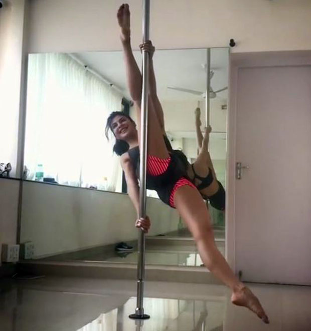 WOW! Here's how Jacqueline Fernandez practices pole ...