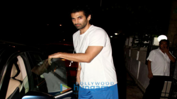 Aditya Roy Kapur snapped at Mohit Suri's office in Bandra