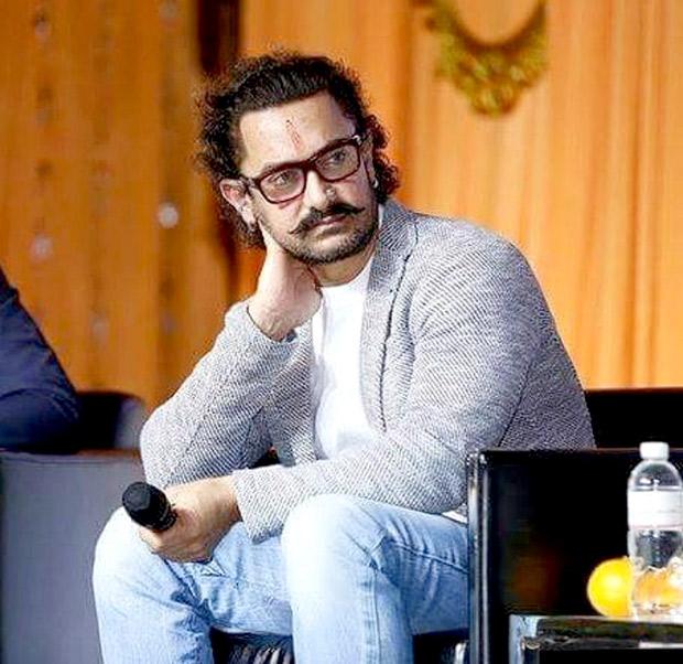 BACK TO SCHOOL Aamir Khan celebrates Gandhi Jayanti in Singapore! (3)