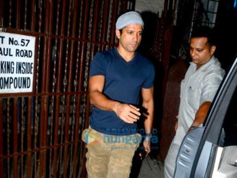Farhan Akhtar snapped post dubbing in Bandra
