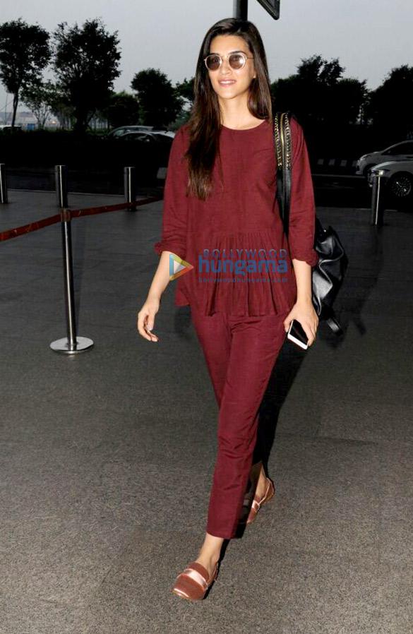 Kriti Sanon and Vidya Balan snapped at the airport