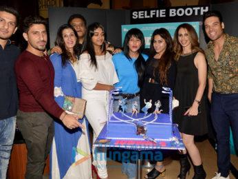 Jacqueline Fernandez, Taapsee Pannu, Sajid Nadiadwala, Anu Malik at 'Judwaa 2' success bash