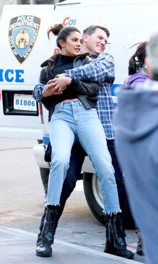 Check out Priyanka Chopra shoots a kidnapping scene for Quantico on the streets of NYC (1)