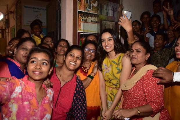 Here's how Shraddha Kapoor celebrated Children's Day in Mumbai (5)