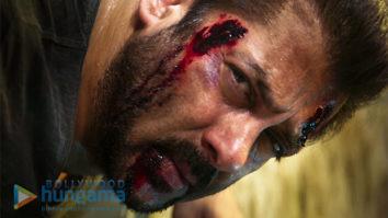Tiger Zinda Hai trailer is a STORM, Salman Khan like never before1