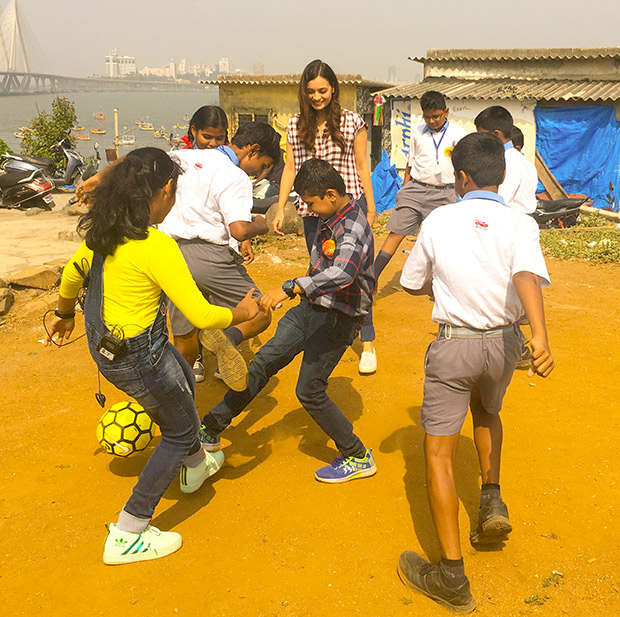WOW! Dia Mirza celebrates Children's Day with kids from Scrappy News Service (6)
