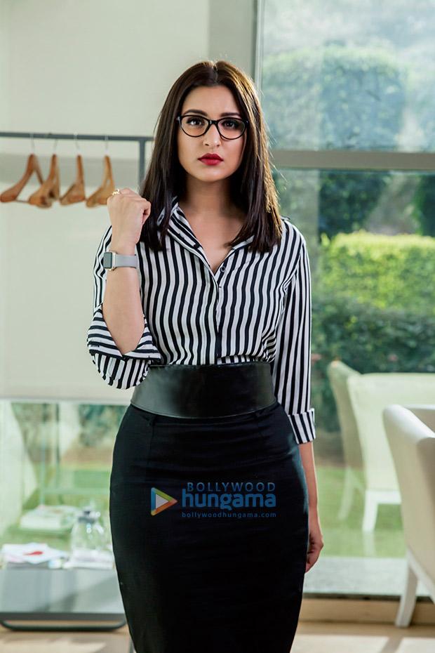 WOW! Parineeti Chopra stuns in a never-seen-before corporate avatar in Sandeep Aur Pinky Faraar (2)
