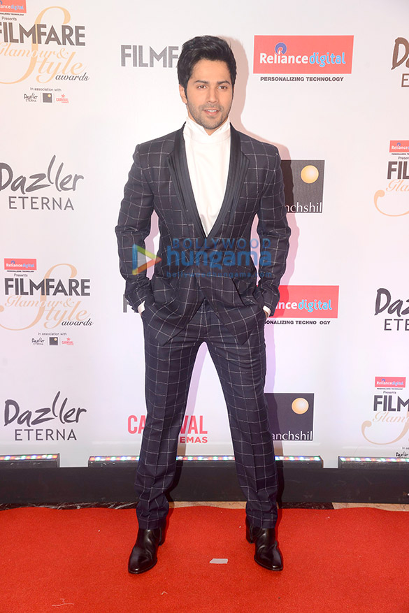 Filmfare Glamour and Style Awards 2017 (6)