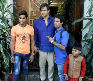 Vivek Oberoi snapped in Juhu