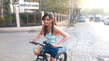Pooja Chopra spotted riding bicycle at Lokhandwala