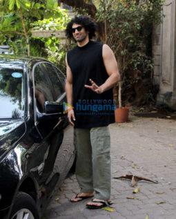 Aditya Roy Kapur snapped in Bandra