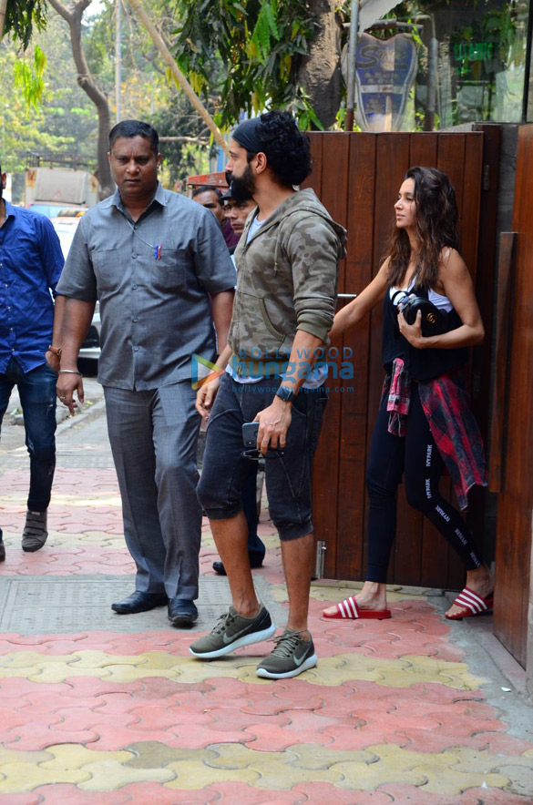 Farhan Akhtar and Anusha Dandekar spotted at Indigo Cafe in Bandra