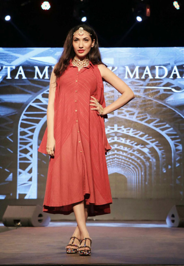Prernaa Arora walks the ramp for the Chamber Of Commere