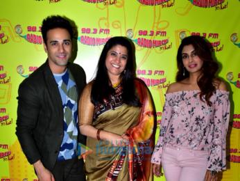 Pulkit Samrat and Renuka Sahane promote '3 Storeys' at 98.3 FM Radio Mirchi