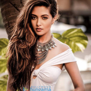 Celebrity Photo Of Riya Sen