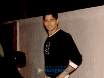 Sidharth Malhotra spotted at Matrix office in Bandra