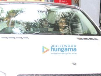 Suhana Khan snapped with friends at Bandra
