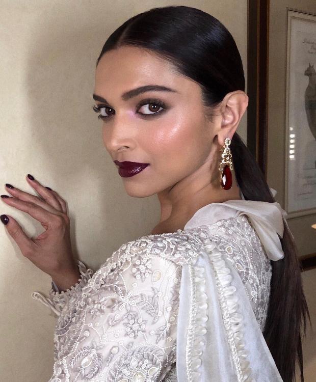 Deepika Padukone shines brighter than a diamond at Time ...