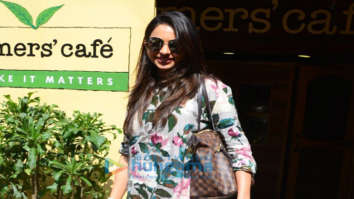 Rakul Preet Singh spotted at Farmer's Cafe in Bandra