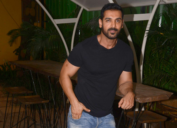 """""""There are actors who have low IQ and high confidence"""" - John Abraham"""