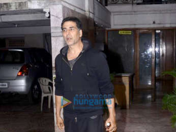 Akshay Kumar and Twinkle Khanna snapped at Ritesh Sidhwani's office