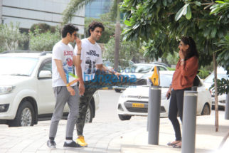 Kunal Kapoor snapped with family at BKC