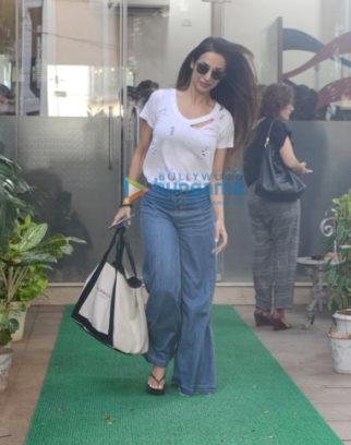 Malaika Arora spotted at a salon in Bandra