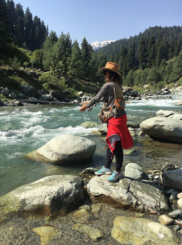 PHOTOS: Chitrangda Singh goes for a trek vacation to Kashmir