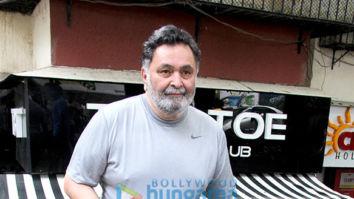 Rishi Kapoor snapped at Tip and Toe salon in Bandra