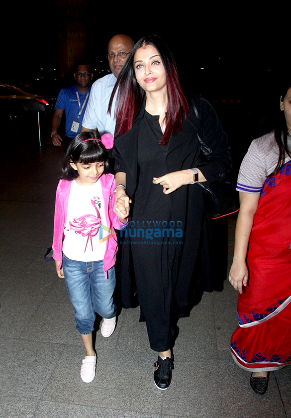 Aishwarya Rai Bachchan and Jackky Bhagnani snapped at the airport