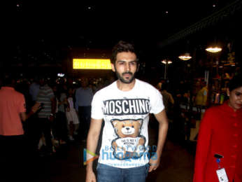 Kartik Aaryan, Diljit Dosanjh and others snapped at the airport