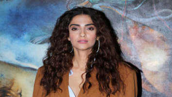 The Zoya Factor LOOK OUT: Sonam Kapoor is a BAWSE BABE in permed hair, hubby Anand Ahuja and bro Arjun Kapoor are all praises (see pictures)