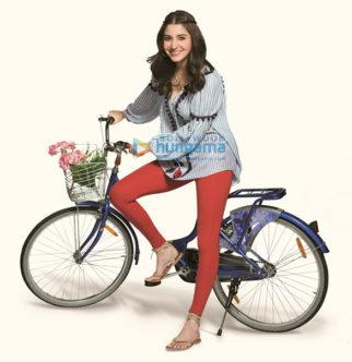 Celebrity Photos of Anushka Sharma