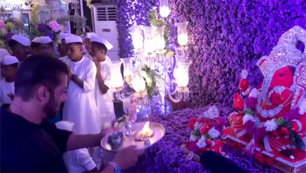 Check out: Katrina Kaif takes centre stage at Salman Khan's Ganpati Celebrations (watch video)