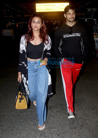 Parineeti Chopra, Sidharth Malhotra and others snapped at the airport