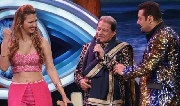 Bigg Boss 12: Anup Jalota DENIES being in a relationship with Jasleen Matharu after eviction