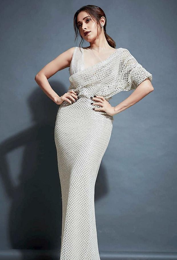 Nushrat Bharucha in Carlone Bibawi for Vogue Women of the Year Awards (3)