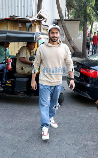 Sunny Singh Nijjar spotted at Coffee by DiBella in Juhu