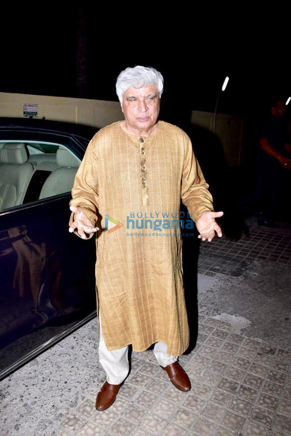 Janhvi Kapoor, Sara Ali Khan and others grace the special screening of 'Kedarnath' (19)